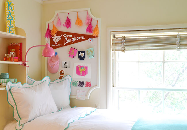 sorority house room tour  a lonestar state of southe ~ 055653_Sorority Dorm Room Ideas