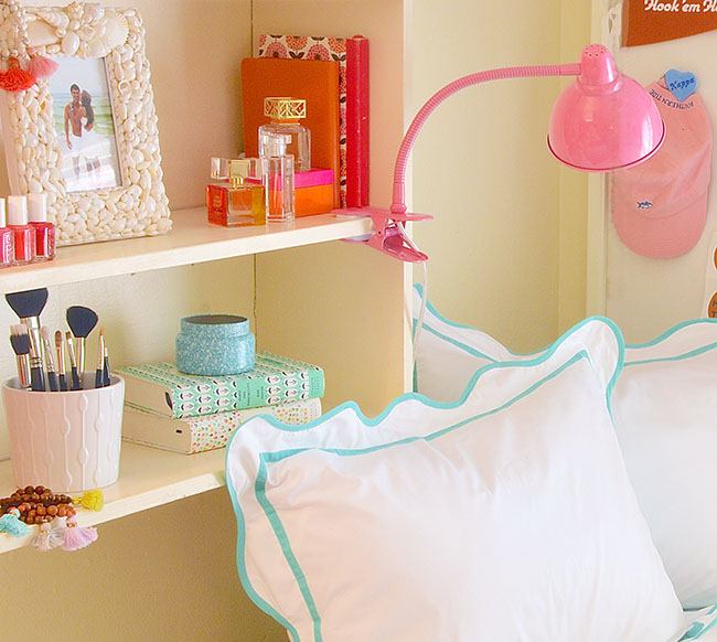 Decorating Ideas > Sorority House Room Tour  A Lonestar State Of Southern ~ 063030_Southern Dorm Room Ideas