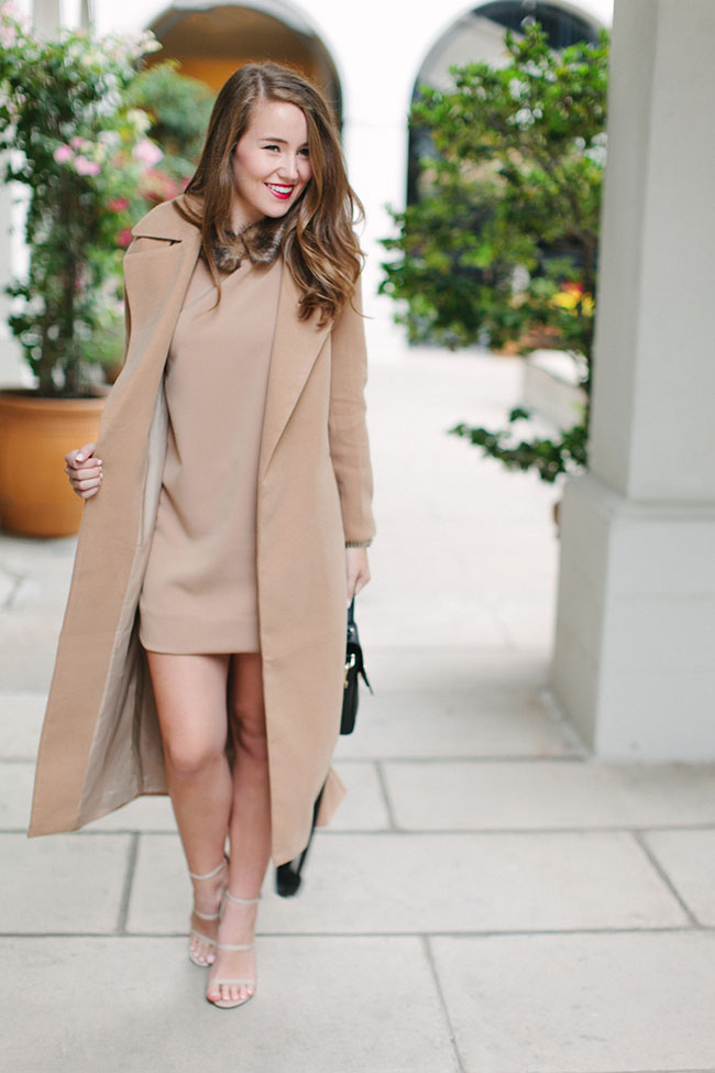missguided coat, missguided dress, fur collar, fur collar dress, fur dress, camel coat, revlon cherry blossom, tory burch 797 mini satchel, southern style, southern blogger, preppy style, preppy girl