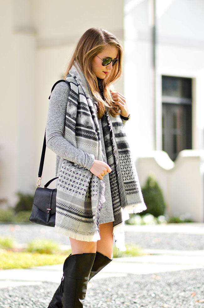 grey blanket scarf, southern girl, texas blogger, tory burch 797 satchel, black raybans