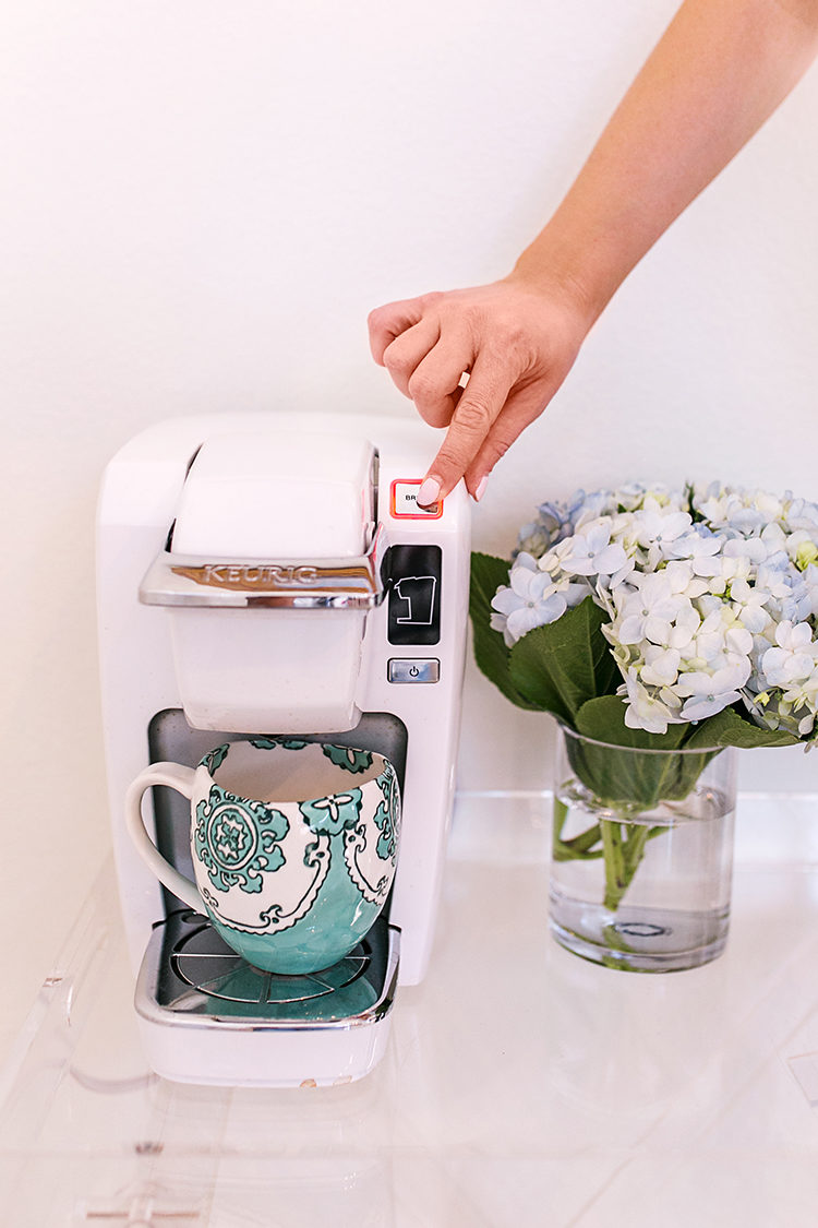 keurig k15 mini plus brewing system, anthropologie coffee mug