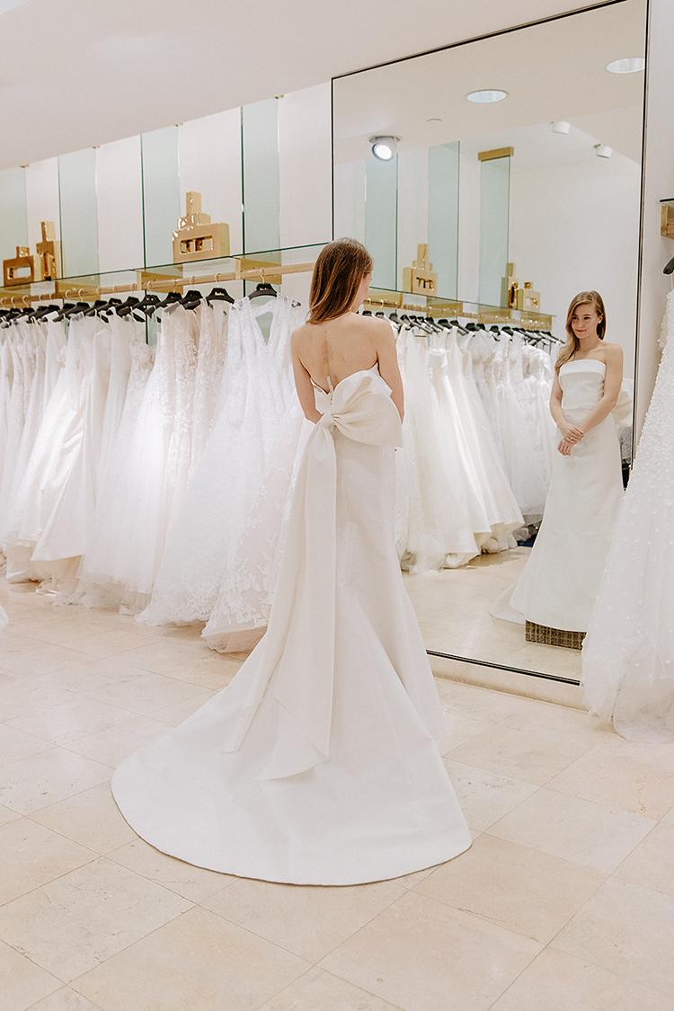 Carolina Herrera Wedding Dress.Wedding Wednesday No 16 Wedding Dress Shopping A