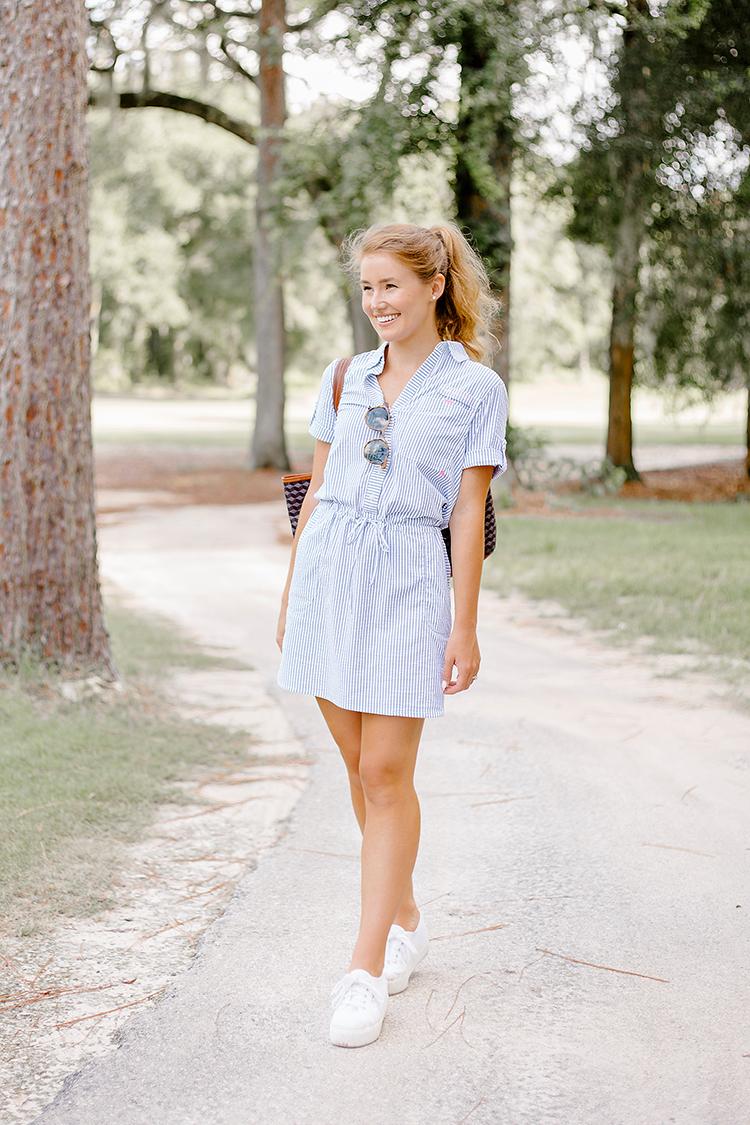 blue seersucker dress, vineyard vines, barrington st. anne tote, preppy style