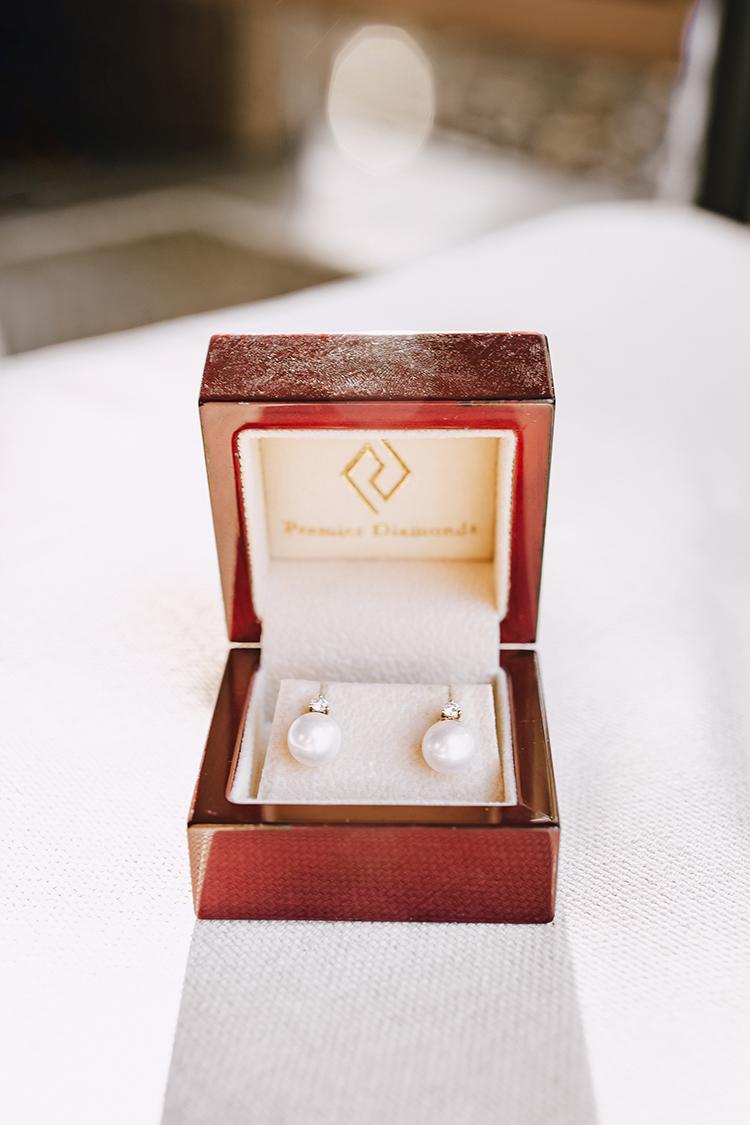 classic pearl diamond wedding earrings
